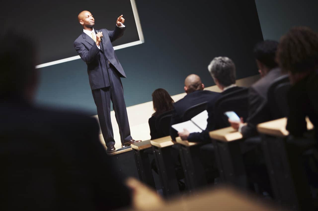 60 blog posts to improve your public speaking